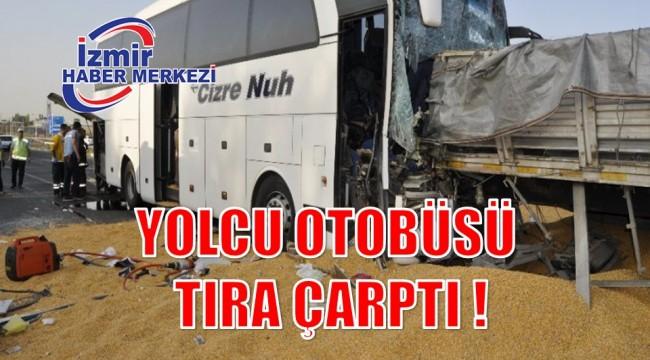 YOLCU OTOBÜSÜ TIRA ÇARPTI !