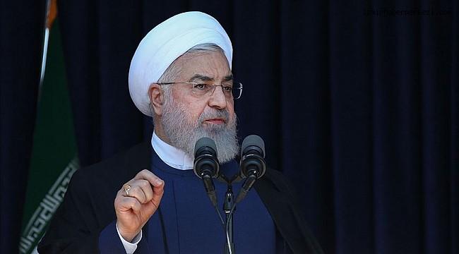 İran Cumhurbaşkanı Ruhani: ABD yaptırımlardan vazgeçip müzakere masasına dönerse biz de döneriz