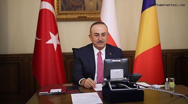 Bakan Çavuşoğlu'nun uluslararası temasları Kovid-19 sürecinde de devam ediyor
