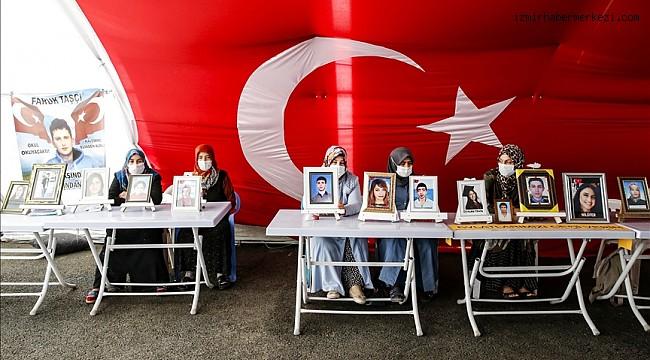Diyarbakır annelerinden evlatlarına 'yuvana dön' çağrısı